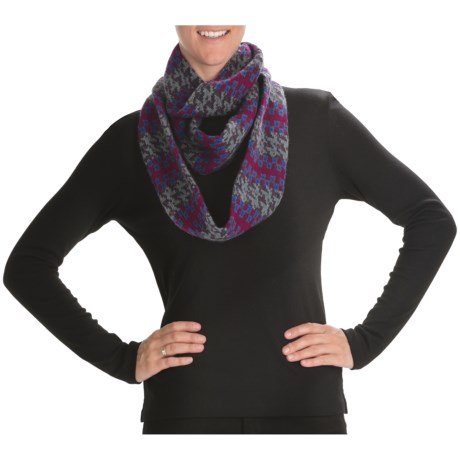 Johnstons of Elgin Infinity Scarf - Cashmere (For Men and Women)