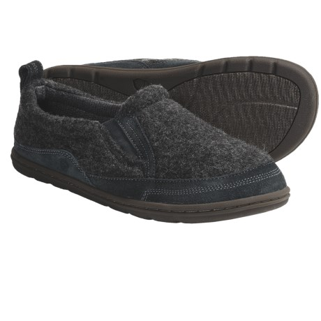 Acorn Max Moc Slippers (For Men)