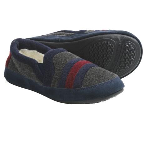 Acorn Colby Moc Slippers (For Men)