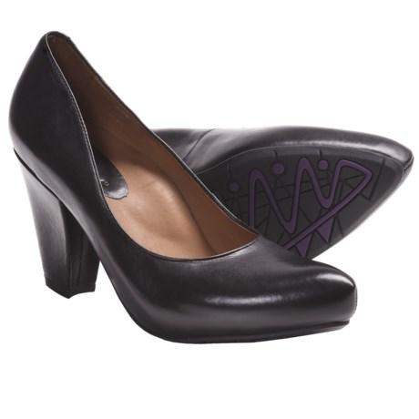 Earthies Talera Leather Pumps (For Women)