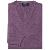 Johnstons of Elgin Cashmere Sweater - V-Neck (For Men)
