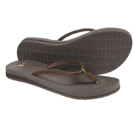 Sanuk Yoga Twist Flip-Flops - Leather (For Women)