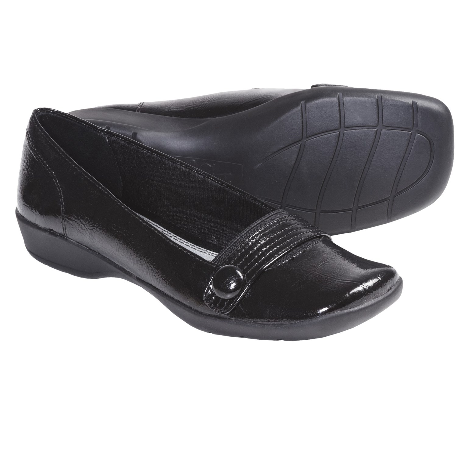 A wide variety of sizes and widths ensure that there is a LifeStride shoe for everyone. From Monday morning to Saturday night, LifeStride makes the looks for your life. The styles are hip and the value is always right. LifeStride women's shoes make fashion right.