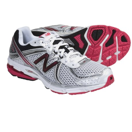 New Balance W770V2 Running Shoes (For Women)