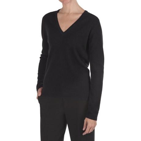 Johnstons of Elgin Classic Cashmere V-Neck Sweater - 21-Gauge (For Women)