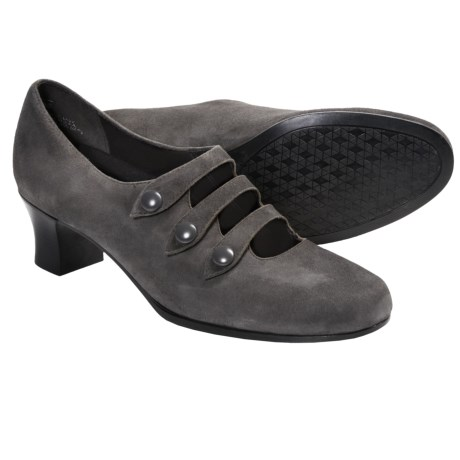 Munro American Maria Pumps - Suede (For Women)