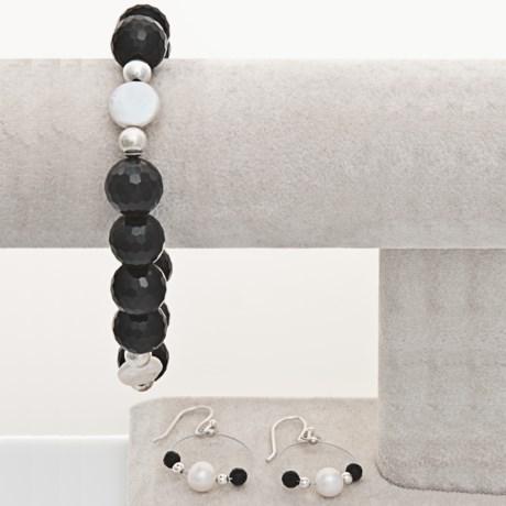 Aluma USA Onyx Bracelet and Earrings Set