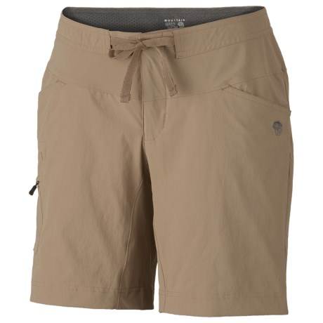 Mountain Hardwear Yuma Shorts - UPF 50 (For Women)