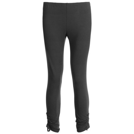 Two Star Dog Ruched Capri Leggings - Heavy Stretch Jersey (For Women)