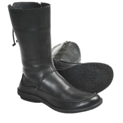 Born Zuki Leather Boots (For Women)