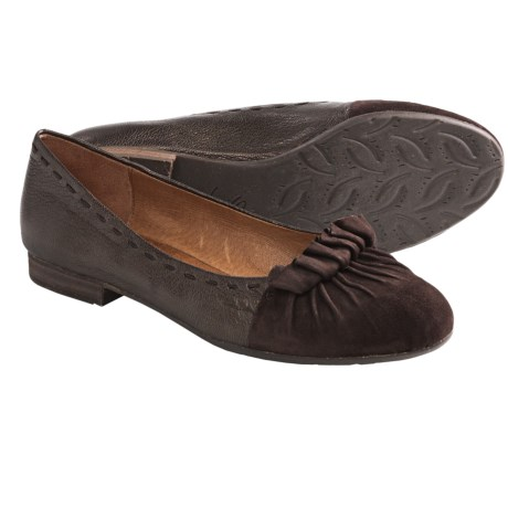 Naya Tabby Flats (For Women)