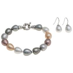 Joia de Majorca Pear Shape 10x12mm Baroque Pearl Bracelet and Earring Set