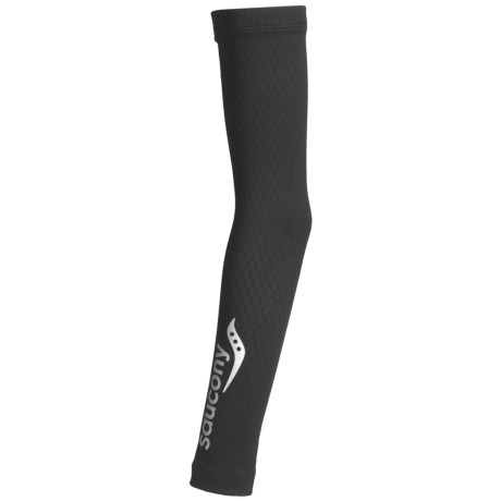 Saucony Amp Pro2 Compression Arm Warmers (For Men and Women)