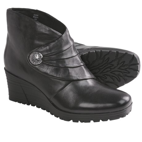 Earth Dune Ankle Boots (For Women)