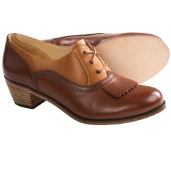 Wolverine 1000 Mile Nesbit Kiltie Oxford Shoes - Factory 2nds (For Women)
