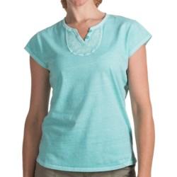 Woolrich First Forks V-Neck Henley Shirt - Short Sleeve (For Women)