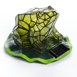 Pine Top Frog Solar Accent Light