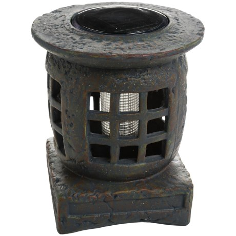Pine Top Pagoda Solar Accent Light