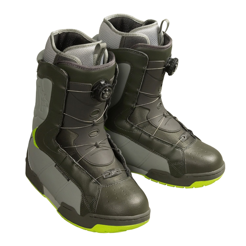dc shoes emblem snowboard boots for 72694 save 69
