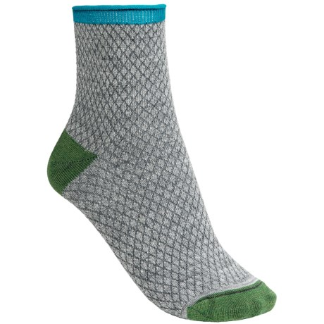 Goodhew Pebble Stitch Socks - Quarter Crew (For Women)