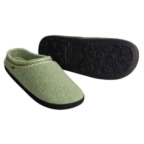 Acorn Highlander Slippers - Boiled Wool (For Women)
