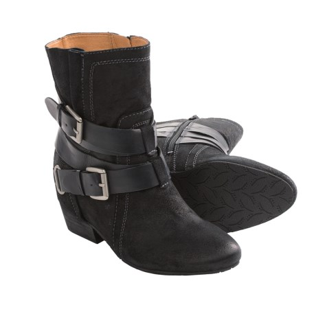 Naya Fisher Boots (For Women)