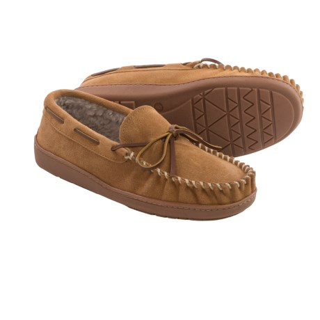 Minnetonka Tyson Traditional Trapper Moccasins (For Men)