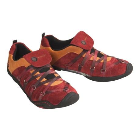 J-41 Rapid Sport Shoes  (For Women)