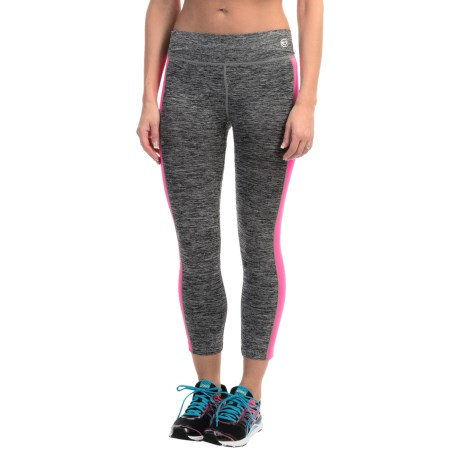 Just One Seamless Capris (For Women)