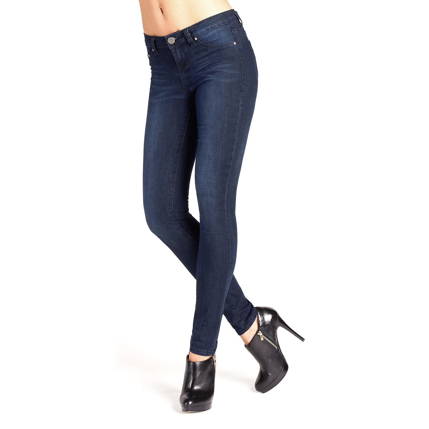 Jean leggings, also known to some as jeggings, are super stretchy and oh-so-soft with a skinny fit guaranteed to keep its form. And with a variety of washes (light, medium and dark), they are the perfect match for everything in your wardrobe.