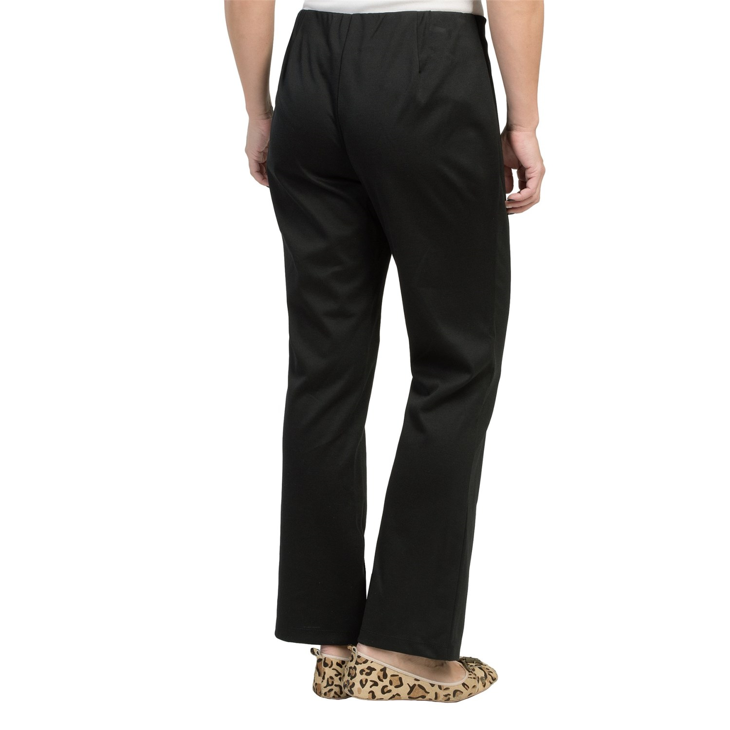 Casually comfortable. You'll love the feel of these petite knit pull-on pants from Croft & Barrow.