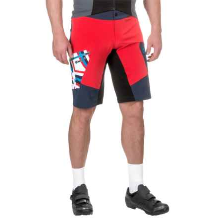 Qloom Hookipa Mountain Bike Shorts - Built-In Liner (For Men) in Black Iris/Rubin Red - Closeouts
