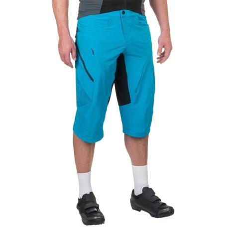 Qloom Rockingham Shorts (For Men) in Methyl