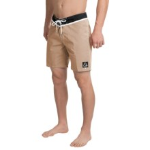 "Quiksilver Original Yoke Boardshorts - 18"" (For Men) in Khaki - Closeouts"