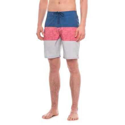 "Quiksilver Waterman Fairway Tri Block Boardshorts - 9"" (For Men) in White - Closeouts"