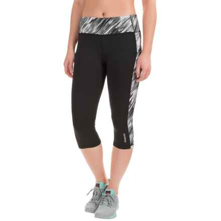 Reebok Printed Ikat Spice Capris (For Women) in Black - Closeouts