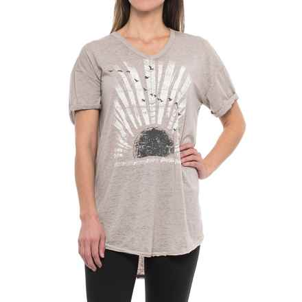 Retrospective Stay Free Nightshirt - V-Neck, Short Sleeve (For Women) in Grey - Closeouts
