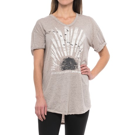 Retrospective Stay Free Nightshirt - V-Neck, Short Sleeve (For Women) in Grey