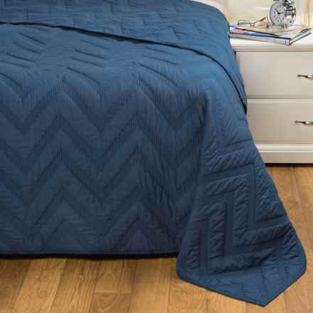 Rizzy Home Navy Quilt - Queen in Navy - Closeouts