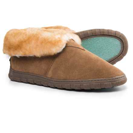 Rj's Fuzzies Sheepskin Bootie Slippers - Suede (For Men) in Chestnut - Closeouts