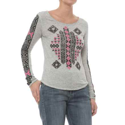 Rock & Roll Cowgirl Aztec Screenprint Shirt - Scoop Neck, Long Sleeve (For Women) in Ash - Closeouts