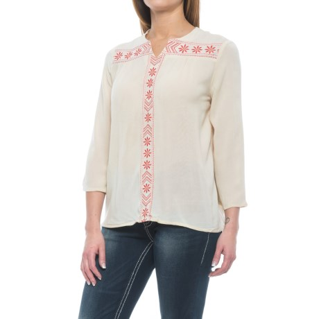 Rock & Roll Cowgirl Crinkled Peasant Top - 3/4 Sleeve (For Women) in Natural