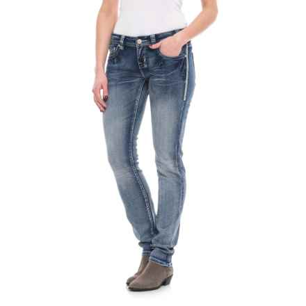 Rock & Roll Cowgirl Extra-Stretch Low-Rise V-Stitch Skinny Jeans (For Women) in Medium Vintage - Closeouts
