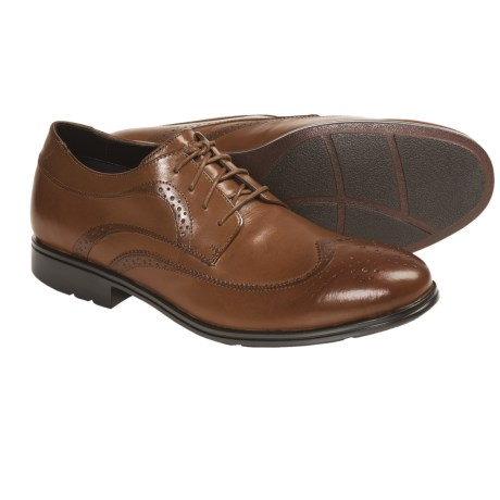 Rockport Fairwood 2 Wingtip Oxford Shoes (For Men) in Light Tan Smooth