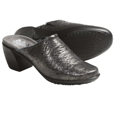 Romika Luna 01 Clogs - Leather (For Women) in Graphite