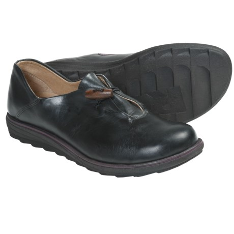 Romika Sonja 01 Shoes - Leather, Slip-Ons (For Women) in Black