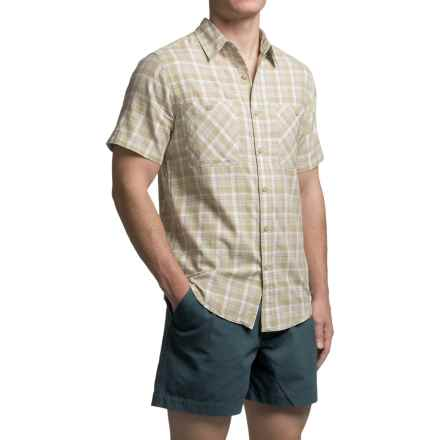 Royal Robbins Biscayne Bay Plaid Shirt - Short Sleeve (For Men) in Desert - Closeouts