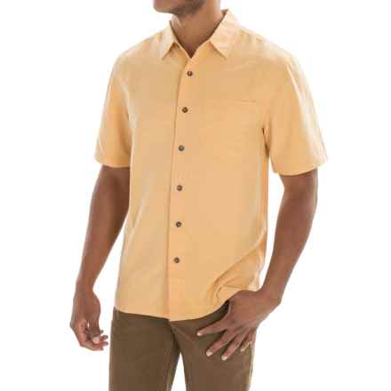 Royal Robbins Desert Pucker Shirt - UPF 25+, Short Sleeve (For Men) in Custard - Closeouts
