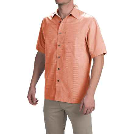 Royal Robbins Desert Pucker Shirt - UPF 25+, Short Sleeve (For Men) in Goldfish - Closeouts