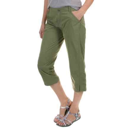 Royal Robbins Discovery Capris - UPF 50+ (For Women) in Aloe - Closeouts